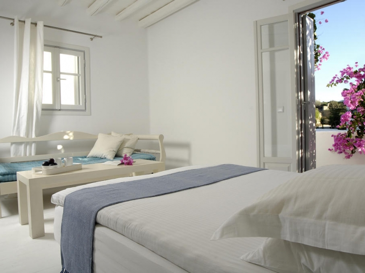 Kapetan Tasos Suites milos boutique apartments