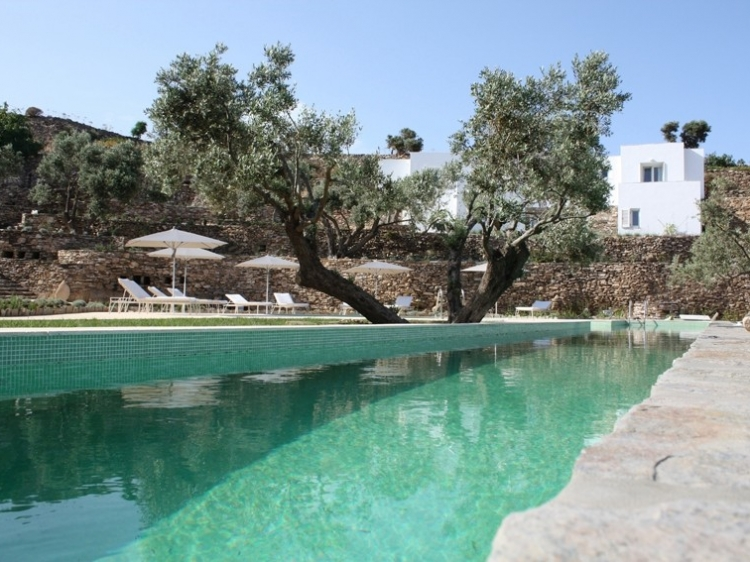 Kamaroti Cyclades boutique hotel romantic