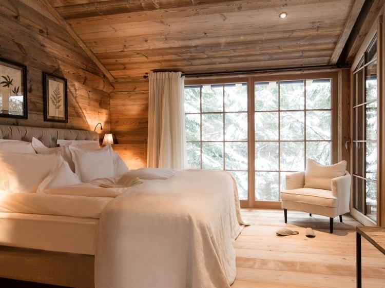 Hotel design trentino seating area in hotel suite for Design hotel meran