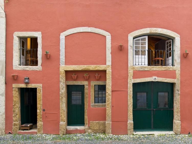 Casa de Merceiras apartment low budget alfama Lisbon best charming