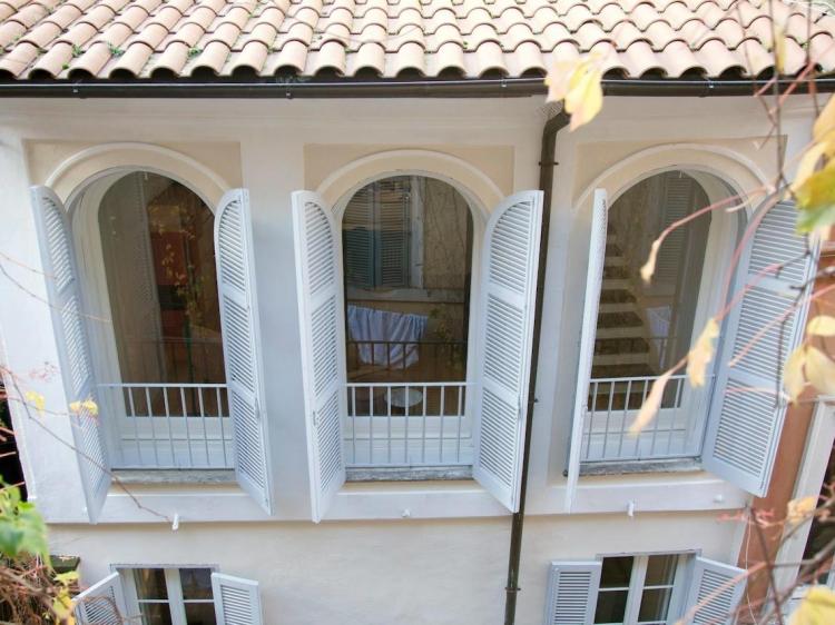 Fabbrini house for Casa fabbrini guest mansion roma