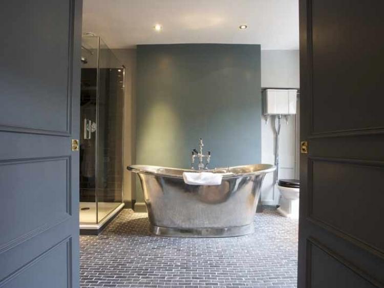 The Wheatsheaf Inn Northleach Gloucestershire England Dinning