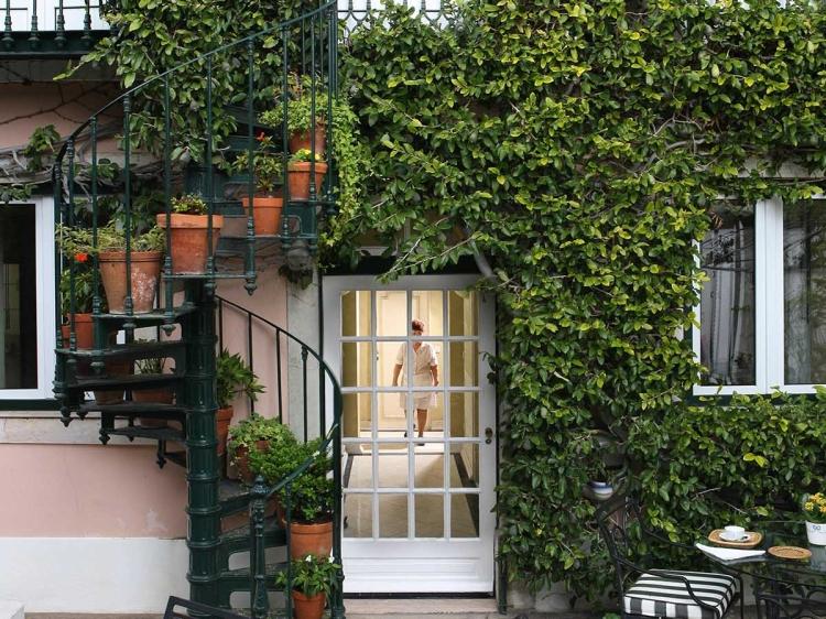 Hotel As Janelas Verdes Lisbon Hotel