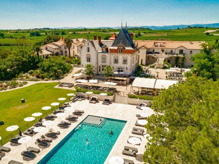 Château St Pierre de Serjac best luxury self catering apartments hotel room france secretplaces