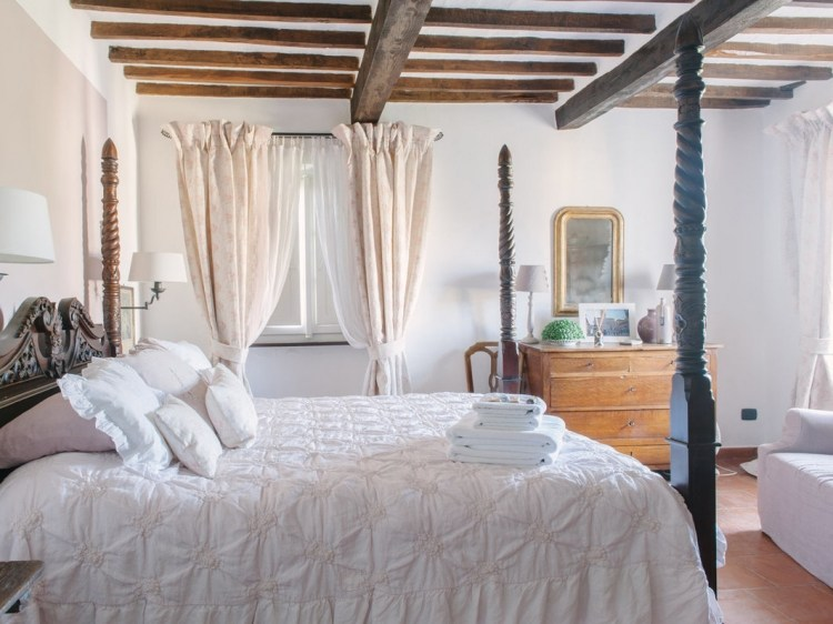 Boutique B&B Casa Capanni Cortona romantic best tuscany hotel