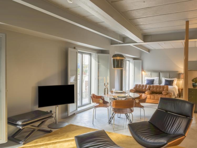 Loft Premium apartment in Lisbon charming old quarters raw culture lofts
