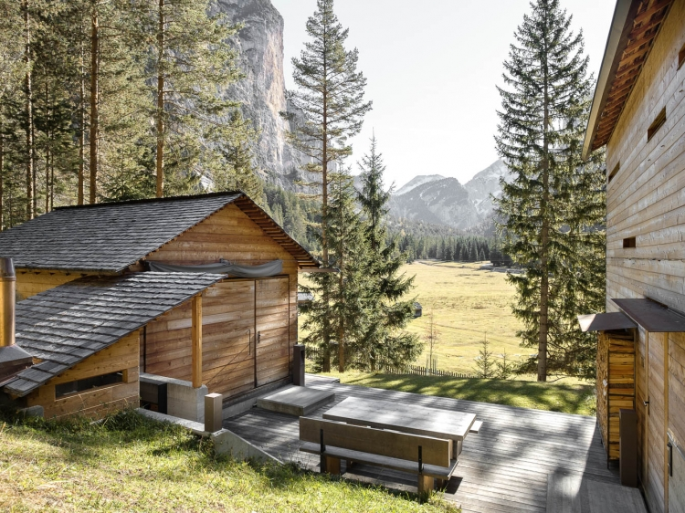 Mountain Lodges in the summer