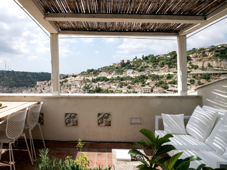 the charm of Modica apartment holiday rental
