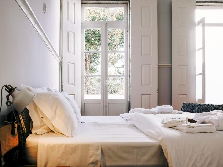 Dona Emilia casa de hospedes guest house hotel Viana do Castelo best