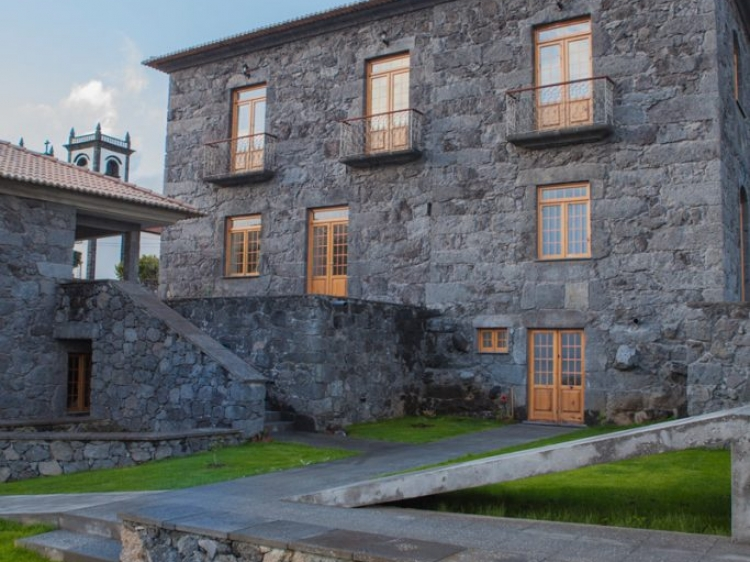 Stay at Quinta da Magnolia Hotel Azores Sao Jorge Portugal hotel lodging boutique best cheap luxury unique trendy cool small
