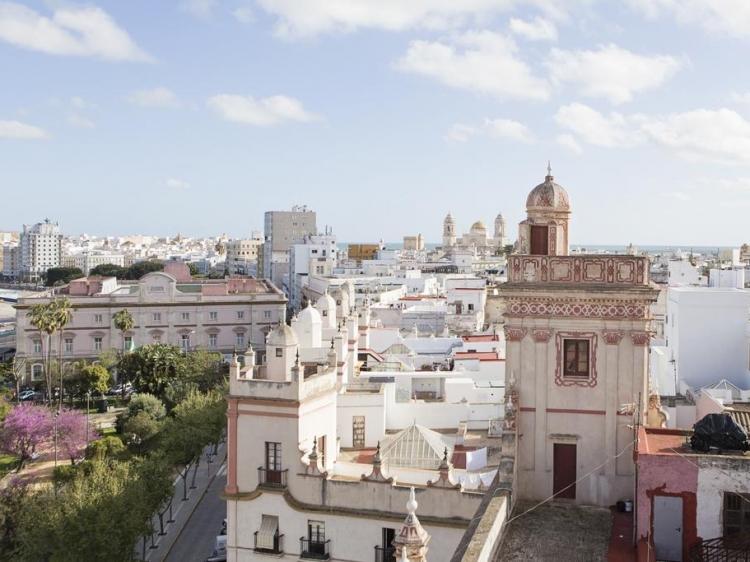 Hotel Casa de las Cuatro Torres Cádiz authentic stay