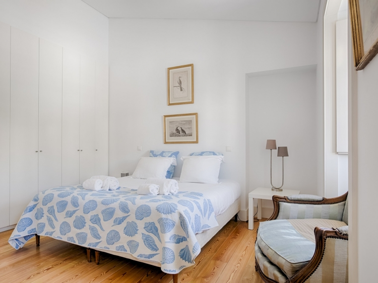 Stay at Holiday Apartment Lisbon Alcantara boutique hotel best cheap luxury unique trendy cool small