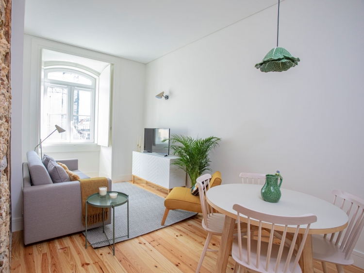 Stay at Montebelo Lisbon downtown apartments hotel lodging boutique best cheap luxury unique trendy cool small