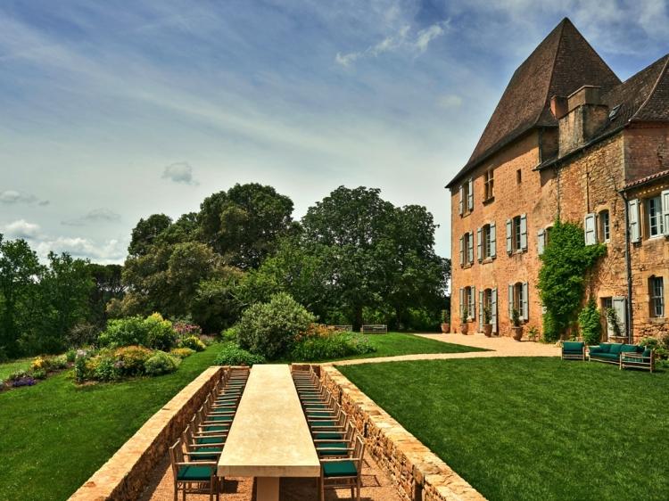 Stay at Chateau La Bourlie Urval Dordogne France hotel lodging boutique best cheap luxury unique trendy cool small
