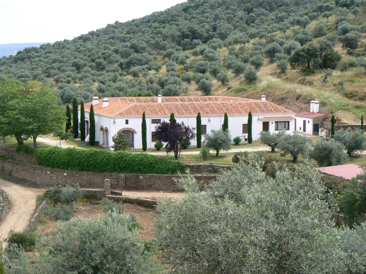 traditional Country house Lagar el Alzotano Spain Extremadura outside best holiday home Secretplaces