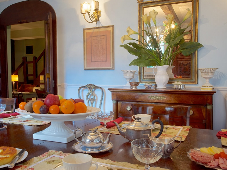 Guesthouse Arco dei Tolomei Rome Italy b&b hotel romantic