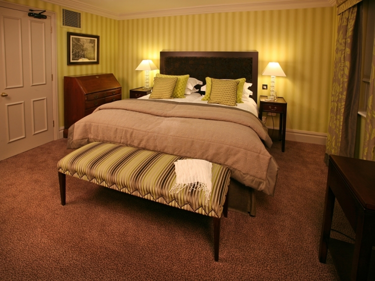 The Fox Club London hotel boutique b&b