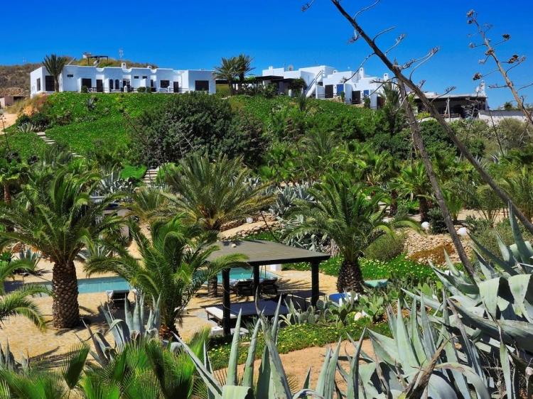 La Almendra y el Gitano Hotel Agua Amarga