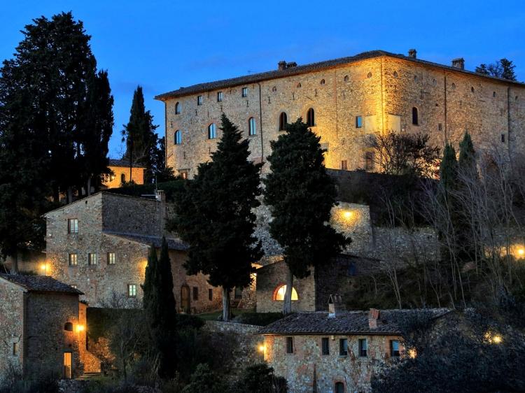 Castello di Bibbione casas rurales hotel