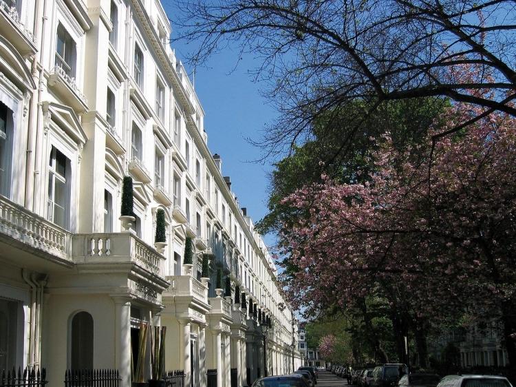 the caeser hotel london best