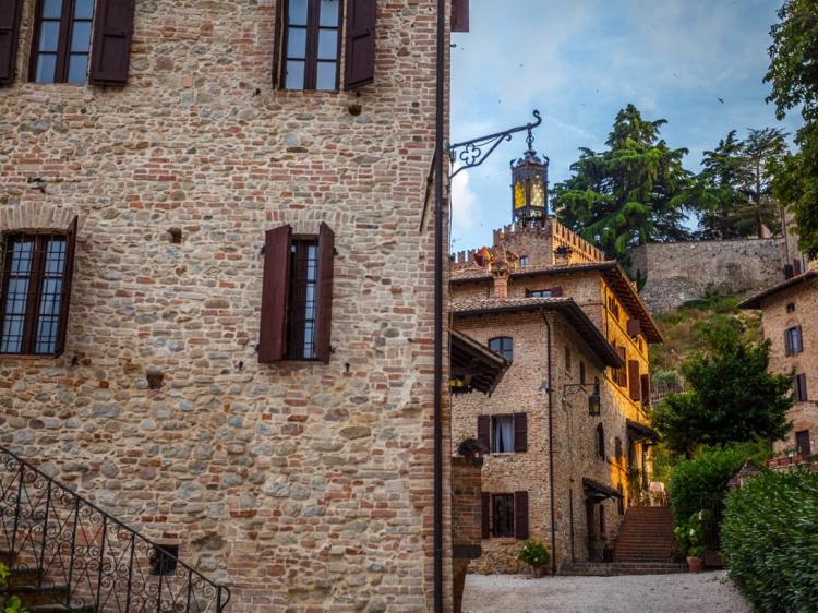 Antico Borgo di Tabiano Castello Luxury Hotel Boutique