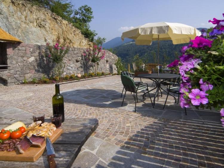 Prackfolerhof South-Tirol Italy Alto Adige Traditional Mountain Cozy Apartment