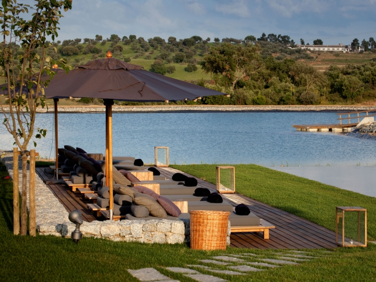 L And Vineyards Resort