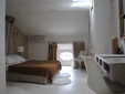 Charming Romantic Bed and Breakfast Maison d'hötes La Galerie Langue doc France