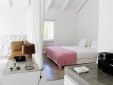casas da lupa zambujeiro do Mar alentejo coast hotel b&b best charming hip trendy