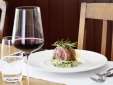 Fine dining at the Schlussel restaurant, Boutique-hotel Schlussel in Beckenried at Lake Lucerne