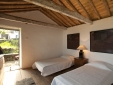 Charming Cozy House Casa da Nogueira Azores Pico Island
