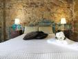 PARATURA room