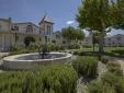 Luxury 2, 3 and 4 bedroom villas