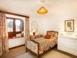 MAIN HOUSE-FLOWER'S BEDROOM