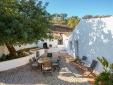 Stay at Quinta Kat Quinta do Gato Santa Catarina Algarve Portugal hotel lodging boutique best cheap luxury unique trendy cool small