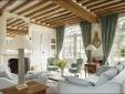 Le Manoir : inside