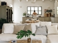 KITHCHEN & LIVING ROOM MAIN HOUSE