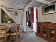 Charming Romantic Apartment Historical Building in Rome City Centre