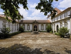 Casa das Torres de Oliveira