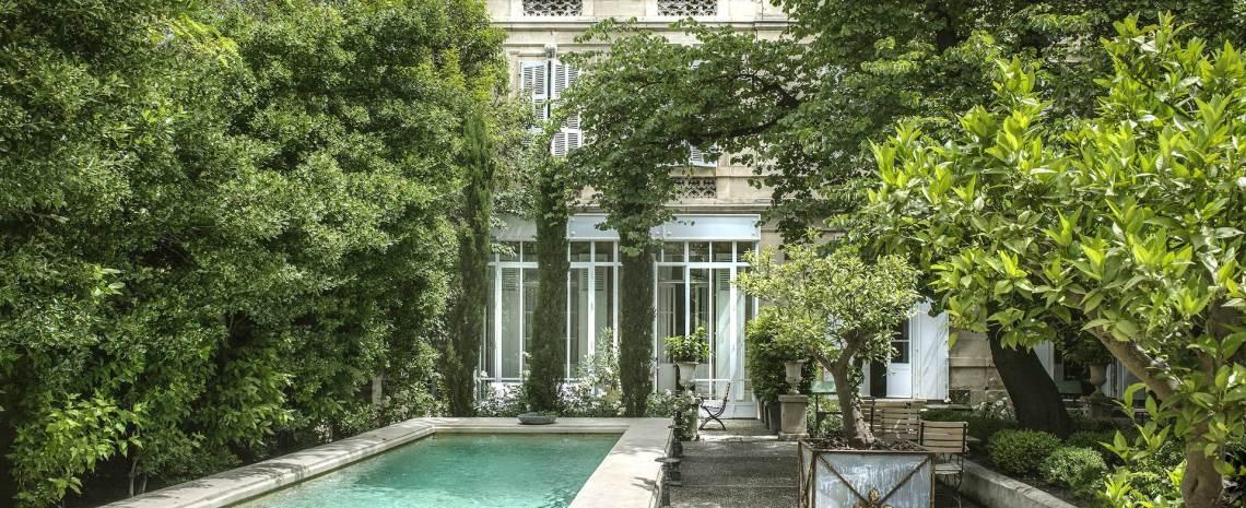Honeymoon & Romantic Hotels