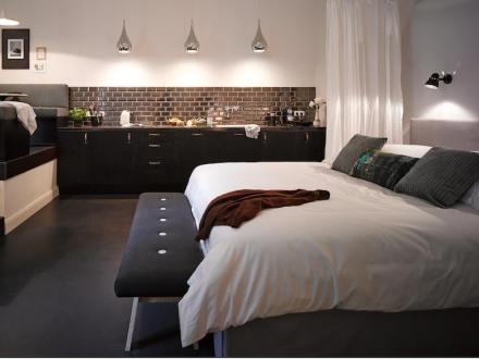 secretplaces gorki apartments berlin berlin germany. Black Bedroom Furniture Sets. Home Design Ideas