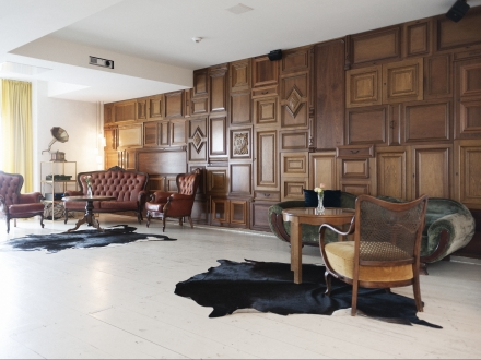secretplaces michelberger hotel berlin berlin germany. Black Bedroom Furniture Sets. Home Design Ideas