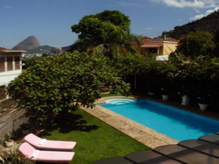 secretplaces mama ruisa hotel rio de janeiro rio de janeiro brazil. Black Bedroom Furniture Sets. Home Design Ideas