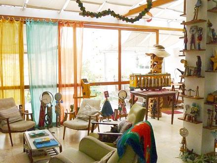 Casa da Gente - living room