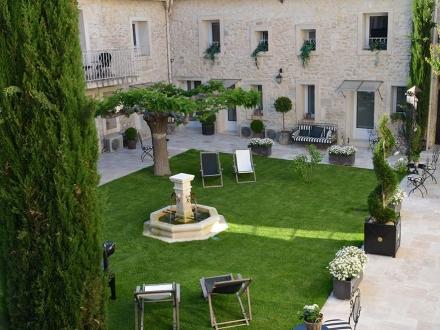 Hotel Gounod Saint Rémy de Provence b&b