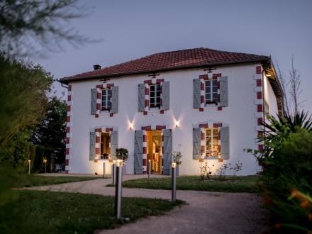 Hotellerie La Petite Couronne Aquitaine boutique
